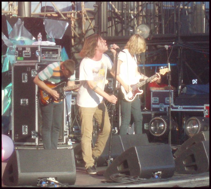 Cage the Elephant live in Irvine, CA, (left to right) Brad Shultz, Matt Shultz, Daniel Tichenor - photo by Sunnie LaPan